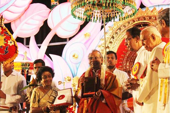 Rev. Fr. Maria Xavier received Kampan Reward